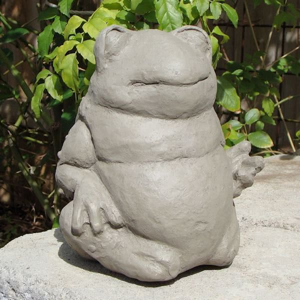 concrete fat frog outdoor statue