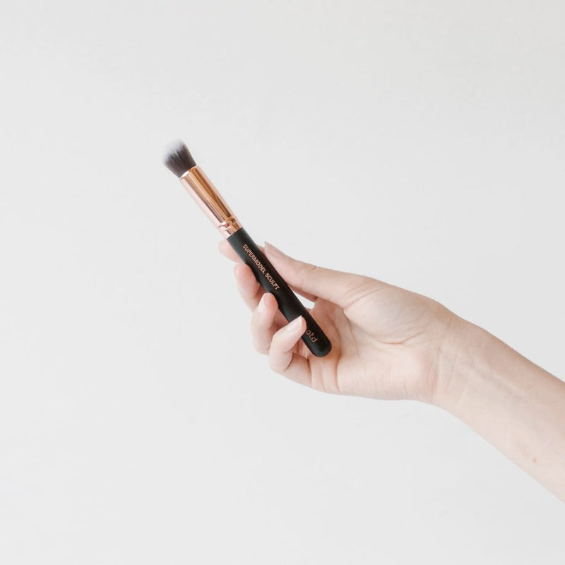 Supermodel Sculpt Contour and Highlight Brush