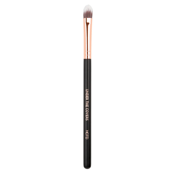 Under The Covers Flat Concealer Brush
