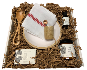 Sea Salt Surf & Serve Winterberry Gift Box