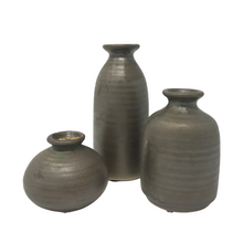 Load image into Gallery viewer, Set of 3 Ceramic Bud Vases