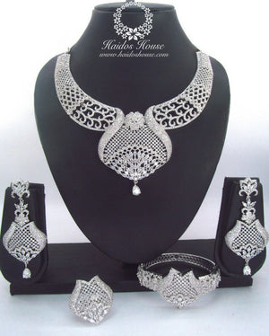LSS - 0023 Luxury Crystal Jewelry Set
