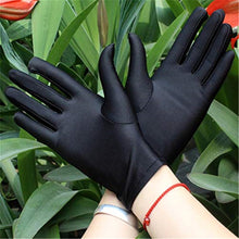 Load image into Gallery viewer, 1 Pair Summer Gloves Women Red Driving Slip-resistant Spandex Golves 2019 Autumn Female Sun Protection Outdoor/Garden Work Glove