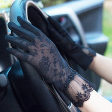 Load image into Gallery viewer, Summer Driving Gloves Touch Screen Women's Lace Gloves Ice Silk Gloves Short Thin Sunscreen Outdoor Anti Skid Gloves