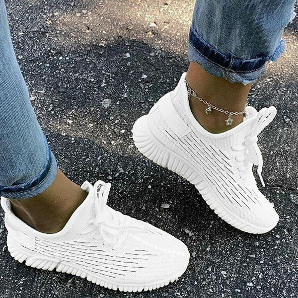 Lemmikshoes Slip-On Round Toe Sneakers
