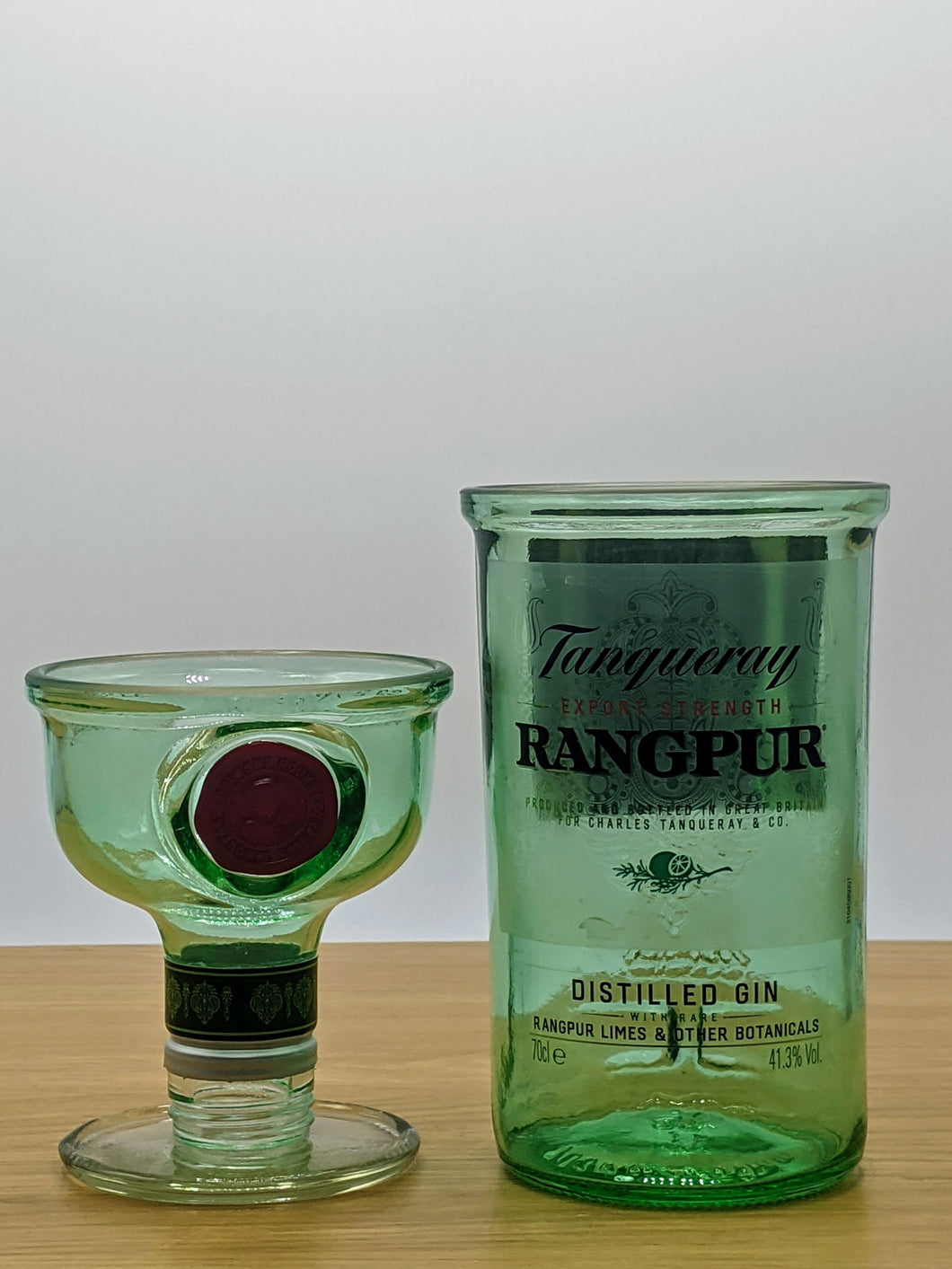 Tanqueray Rangpur gin bottle glasses