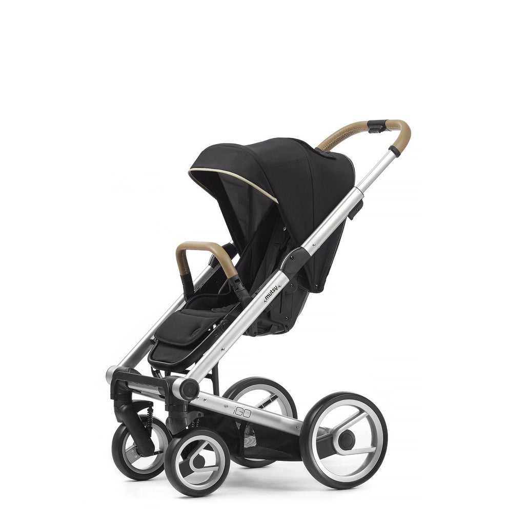 Mutsy Igo Reflect Stroller - Cosmo Black with Silver Frame