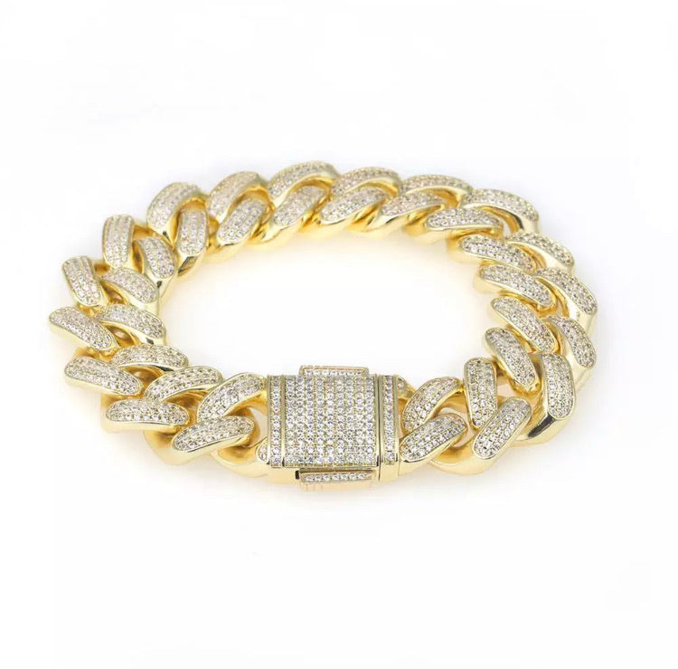Miami Iced Out Cuban Link Bracelet Gold (12mm)