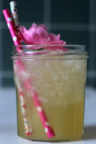 What You Sow shows you how to use edible flowers in cocktails