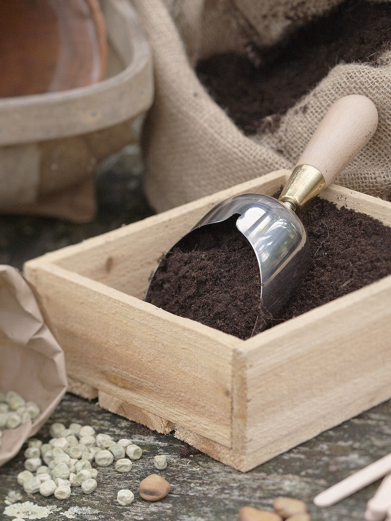 Gardening Gifts | Compost Scoop by Sophie Conran | What You Sow | Potting Shed