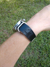 Load image into Gallery viewer, NATO Strap - Horween Chromexcel - 20mm - Black - Brushed Nickel Hardware