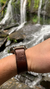 NATO Strap - Horween Chromexcel - 20mm - Brown - Brushed Nickel Hardware