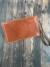 Load image into Gallery viewer, Envelope Clutch - Buck Brown Harness Leather - Wrist Strap