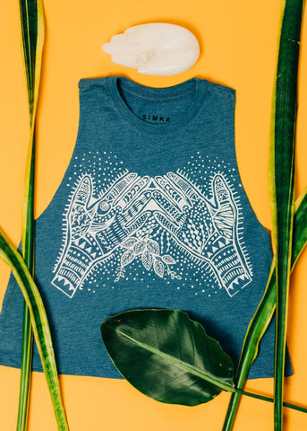 Peace out sloth - cropped racerback tank