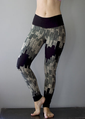 Starling Legging - Black and Cream with hidden pocket