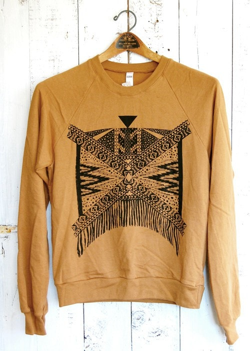 Xochitl - Fleece Sweatshirt in Camel and Black
