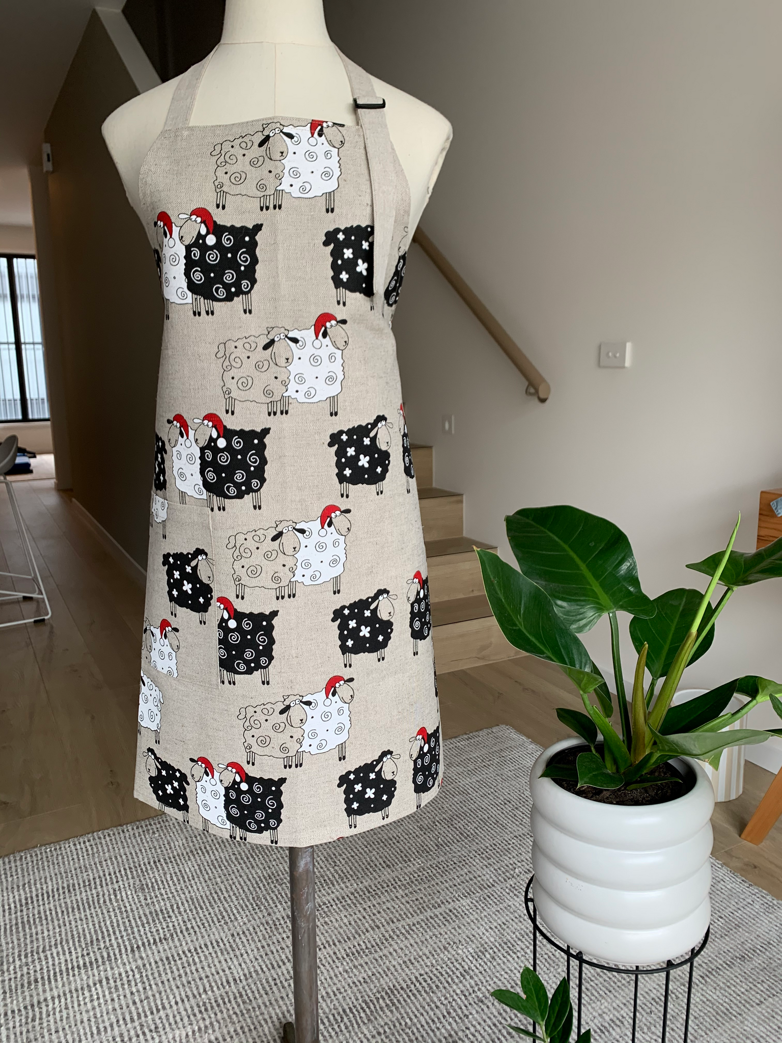 Christmas Sheep Apron