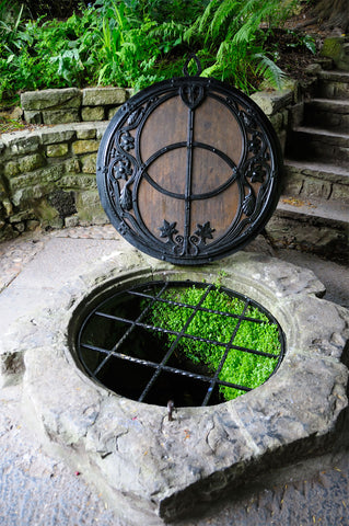 Vesica Piscis Chalice Well Cover in Glastonbury.