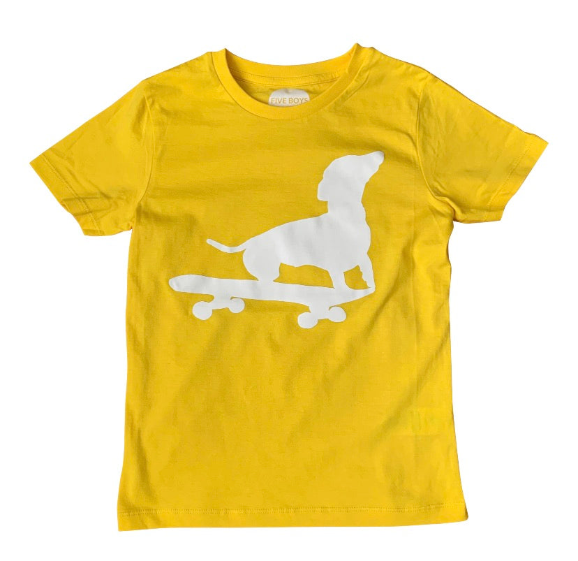 Dachshund on Skate Board Tee // Yellow