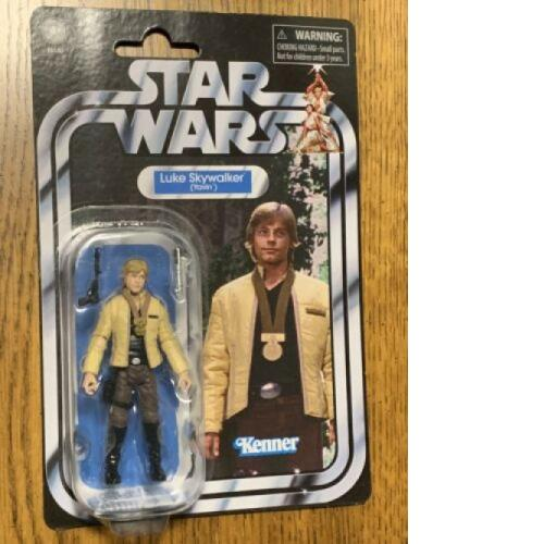 2019 Star Wars Vintage Collection VC151 Luke Skywalker (Yavin)