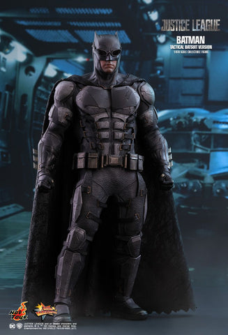 Hot Toys Justice League Movie Batman Tactical Batsuit MMS432 1/6 Scale Figure