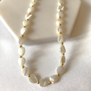 Choker White Love Shell Necklace