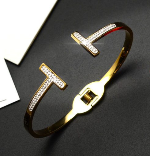 Rhinestone Open Gold Bangle