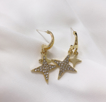 Load image into Gallery viewer, Stars Diamond Earrings