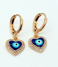 Load image into Gallery viewer, Mini Heart with Ojitos Earrings