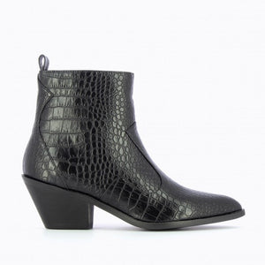 Vanessa Wu Crocodile Effect Ankle Boots - Black