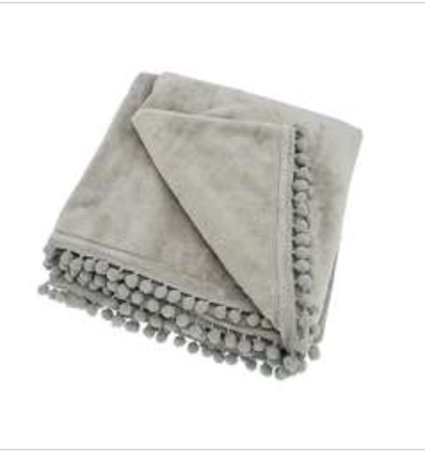 Walton & Co Throw Blankets