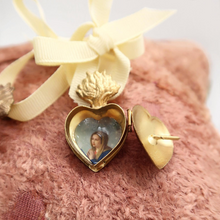 Load image into Gallery viewer, Sacred Heart Monogrammed Lockets.