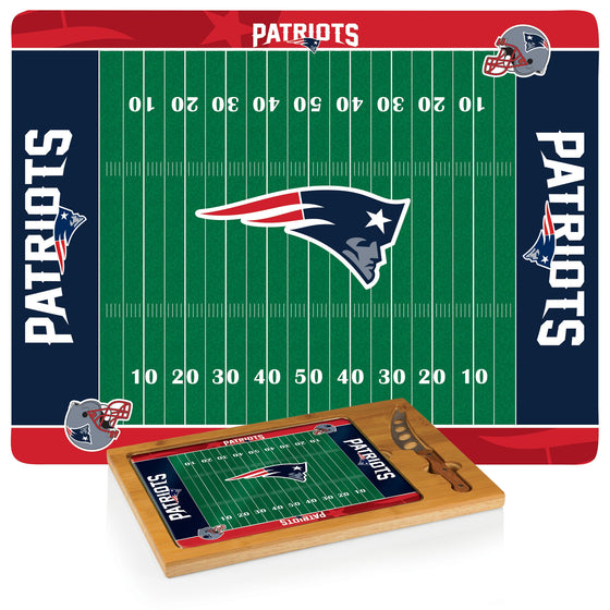 NFL Glass and Wood Cheese Board - New England Patriots
