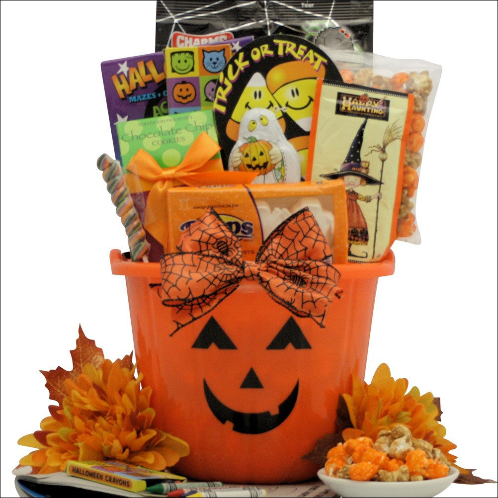 Halloween Spooky Basket.Spooky Sweets Treats Halloween Gift Basket For Kids Ages 3 To 8