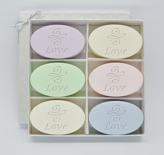 Signature Spa Love Knot Soap Gift Set