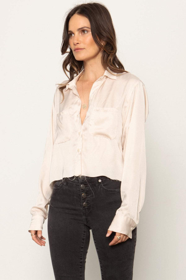 THE CROP FAVORITE SHIRT
