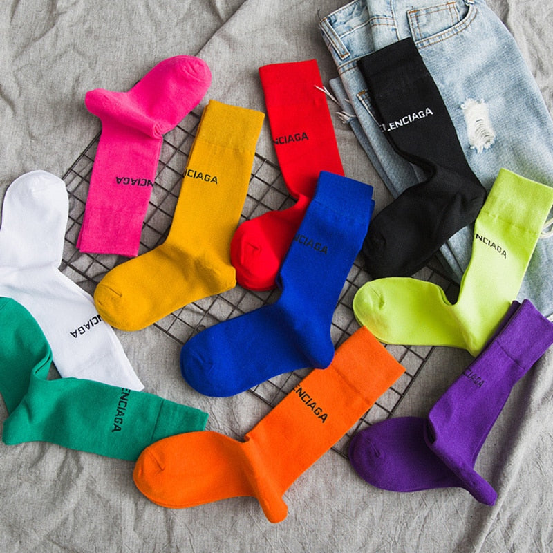 Pure Color 10 Letters Socks Casual Harajuku Fluorescent Green Tube Socks Men and Women Unisex Cotton Girls Winter Happy Socks