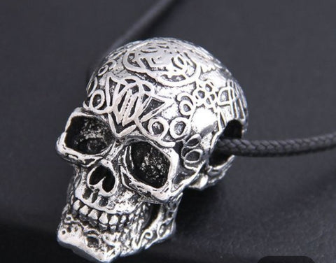 Personality Skull necklace
