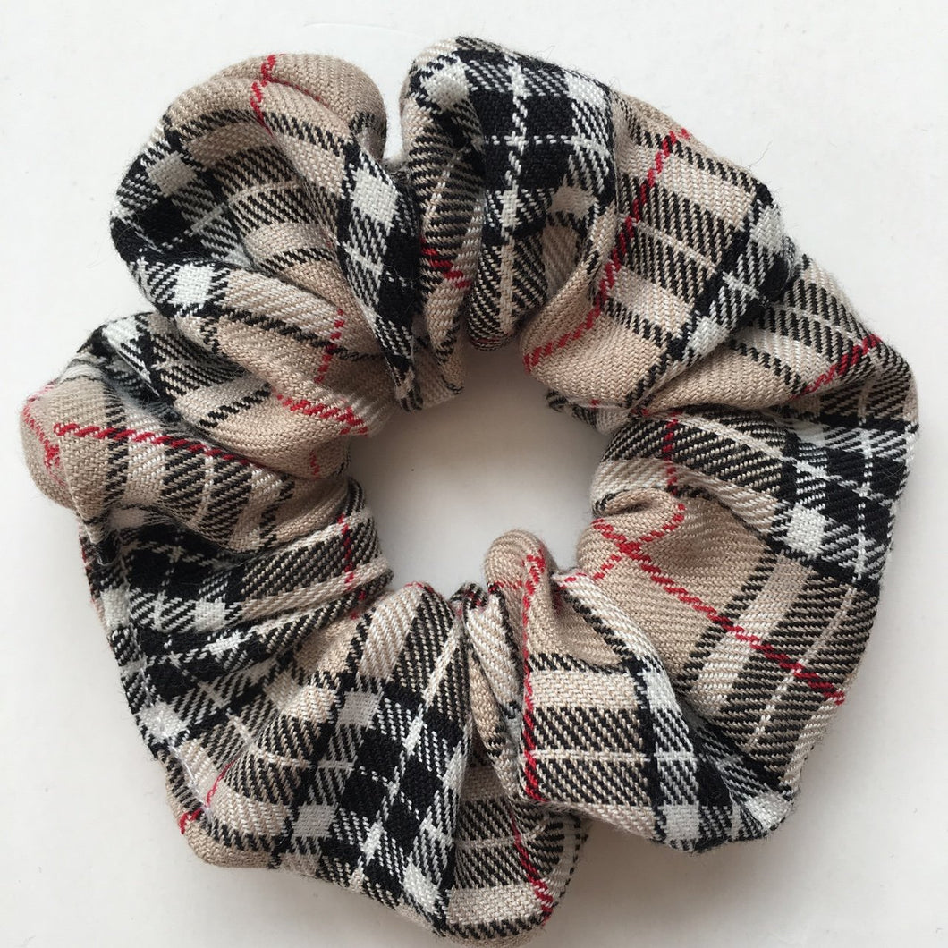Nova check hair scrunchie