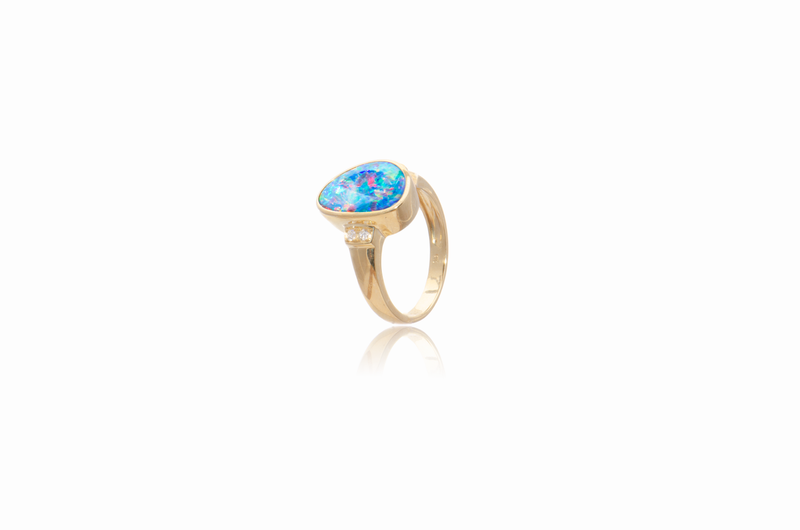 9K Yellow Gold Diamond Opal Ring