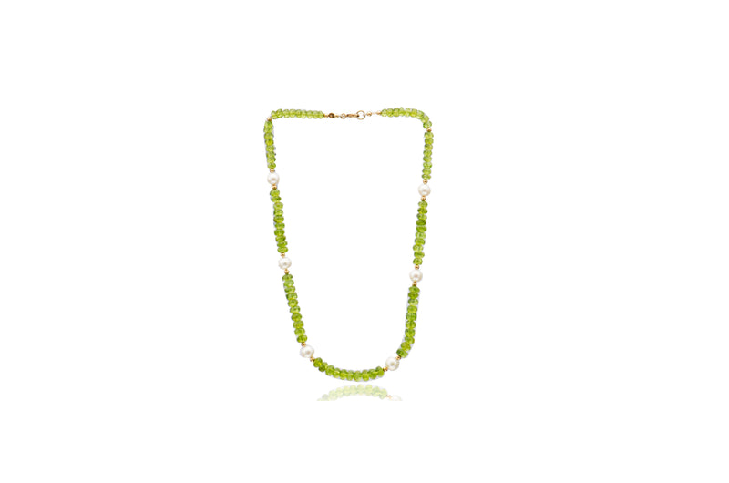 9K Yellow Gold Peridot White Freshwater Pearl Necklace