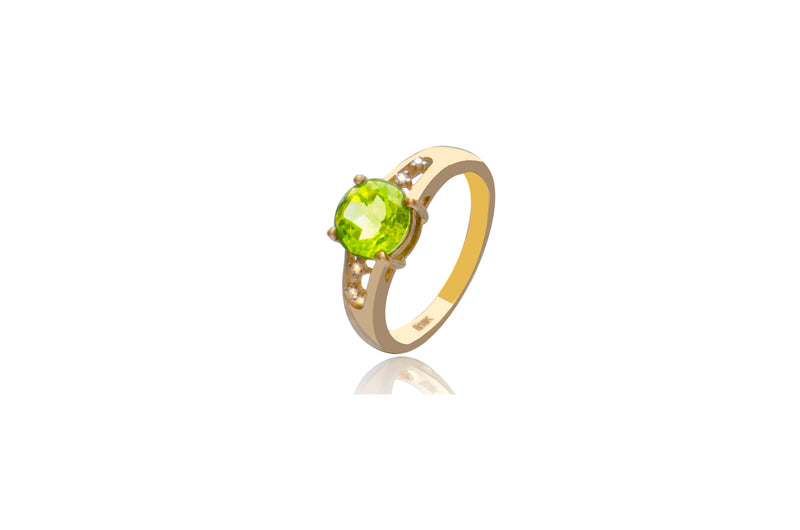 18K Yellow Gold 4 Diamond Peridot Oval Ring