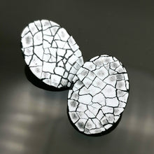 Load image into Gallery viewer, Mini Modern Mosaic Oval stud earring