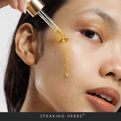 Benefits of Moringa Oil for Skin- The New-Era Beauty Elixir