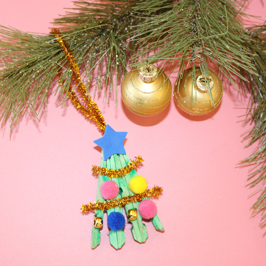 Yoobi Holiday DIY: Christmas Tree Ornament