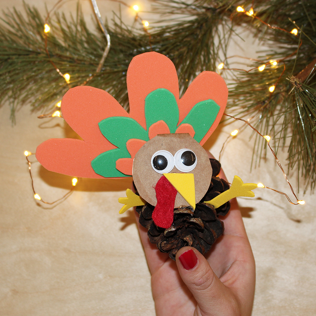 Yoobi Holiday DIY: Turkey Pinecones