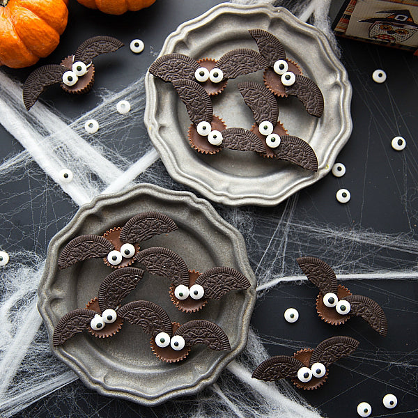 Yoobi Roundup: 5 Spine-Tingling Treats for Halloween