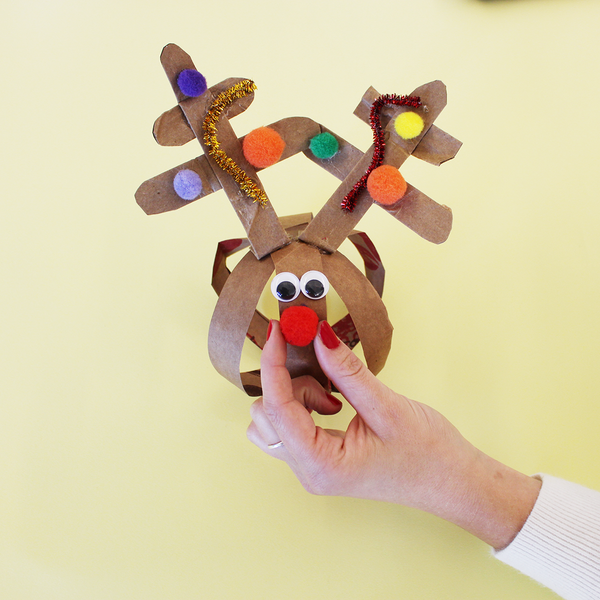 Check out this step by step Christmas DIY activity. Our Red Nose Reindeer DIY reindeer paper ball will bring your childhood dreams to life. Re-create the adorable reindeer we all know and love. An easy and fun activity for kids this holiday season.