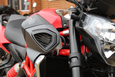 Aprilia - Shiver 900 - Challenging Red ***SPECIAL OFFER***