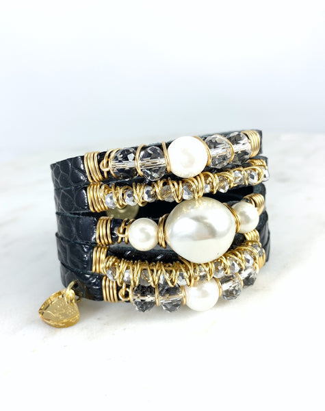 Maxi Cuff Leather / Black/ Pearls